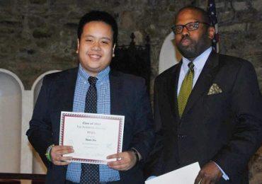 Thần đồng Đỗ Nhật Nam được học bổng 7 tỷ của đại học Mỹ