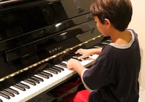 dạy trẻ học tiếng anh qua âm nhạc