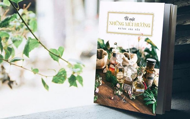 Review sách: Bí Mật Những Mùi Hương
